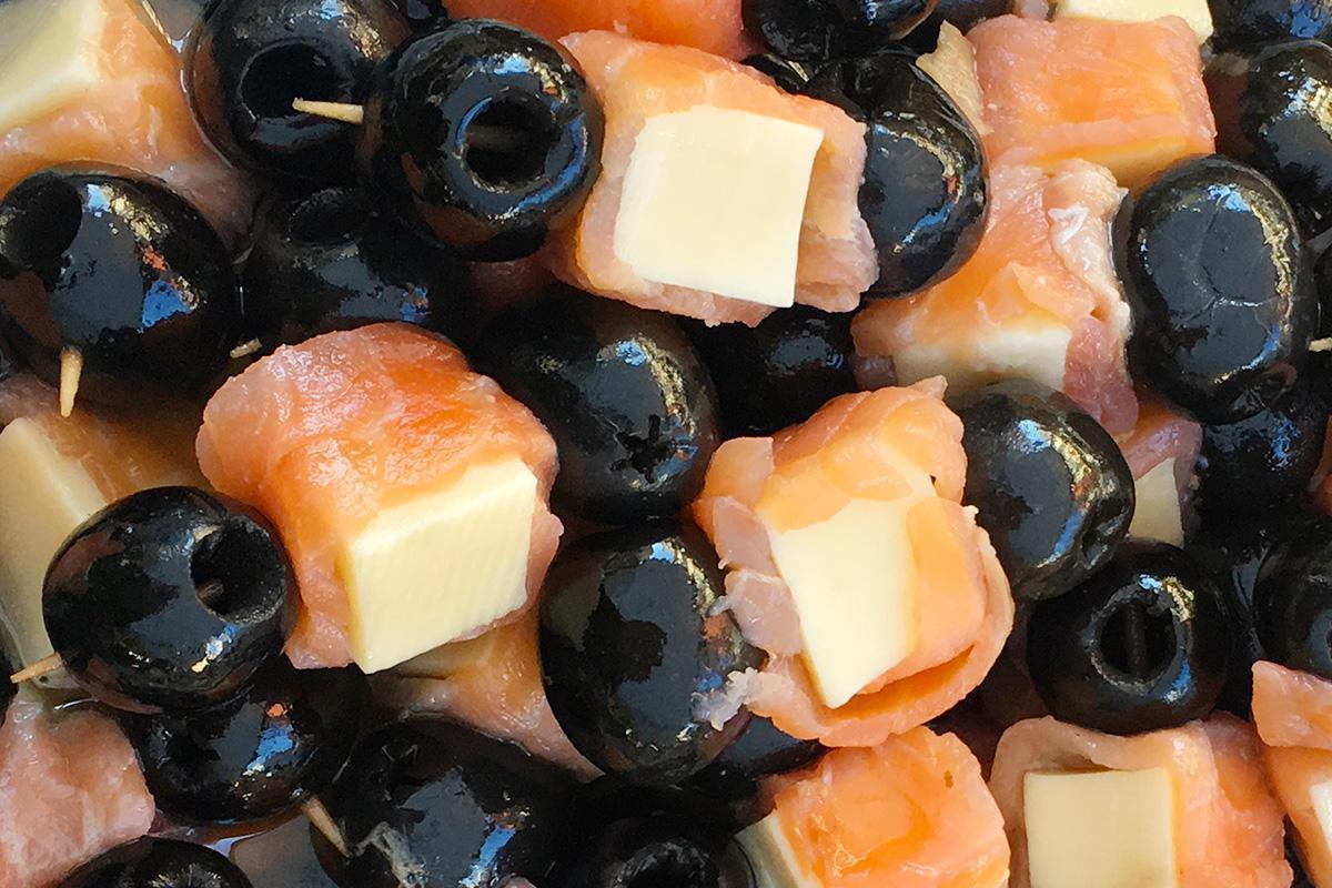 brochetas de salmon con aceituna negra comprar online
