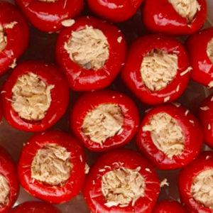 pimientos rojos rellenos de atún aceitunas lorente